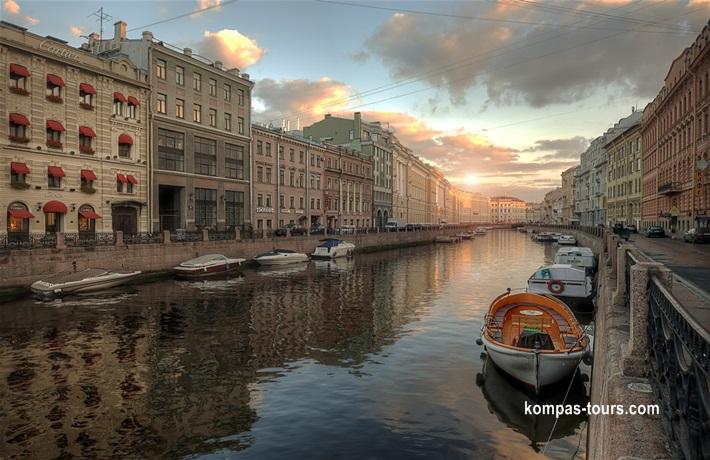 Rusija ✈ 🚂 ✈ MOSKVA i St. PETERBURG, 06.10-12.10.