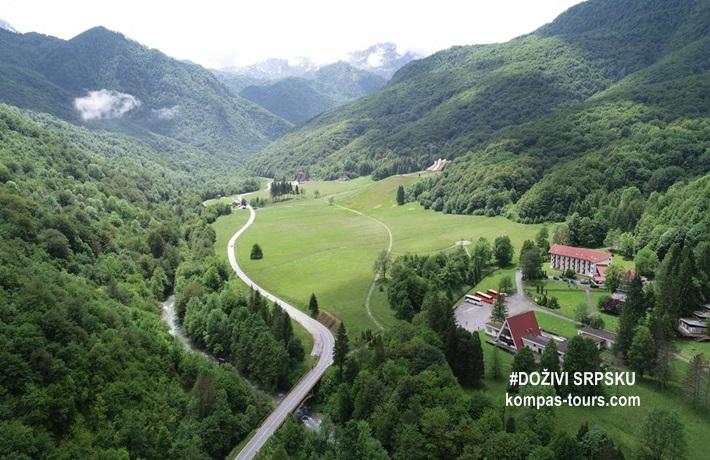 Republika Srpska 🚘 Hotel MLADOST Tjentište
